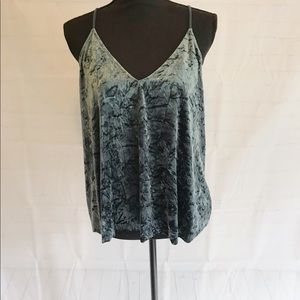 Mossimo crushed velvet top sz L